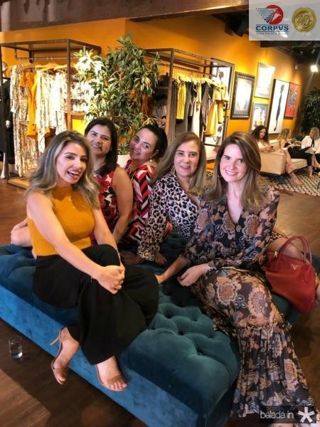 Daniele Peixoto, Ticiana Brigido, Claudia Pinheiro, Joria Araripe e Viviane Bayma