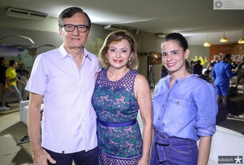 Helio e Veronica Perdigao e Iorrana Aguiar
