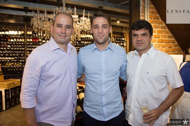 Andre Linheiro, Nicolas Dupuis e Marcelo Braga