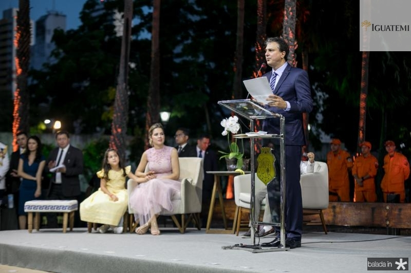 Luiza, Onelia e Camilo Santana