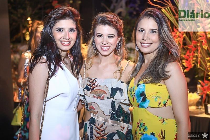 Camile Bezerra, Isabella Bezerra e Georgia Almeida