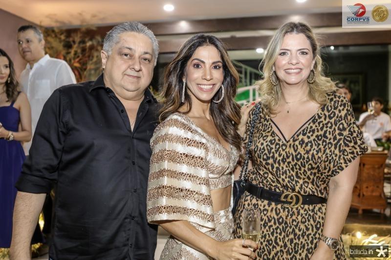 Adriano Pinto, Synara Leal e Tais Pinto