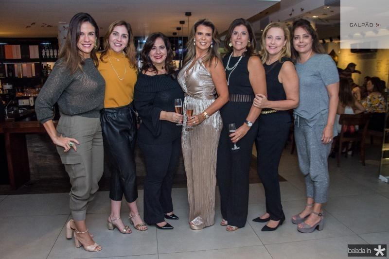 Ana Virginia Martins, Cristiane Faria, Martinha Assunção, Alexandra Pinto, Nara Amaral, Andrea Delfino e Claudia Gradvohl