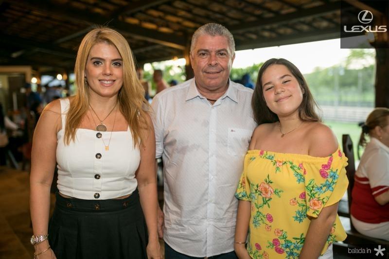 Leticia, Ricardo e Lais Studart