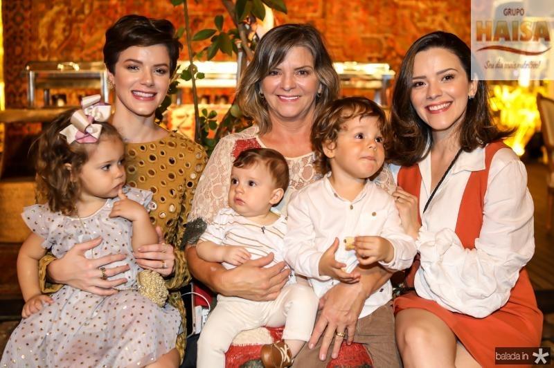 Liz, Paulinha, Rafael, Veronica, Bento e Carol Sampaio