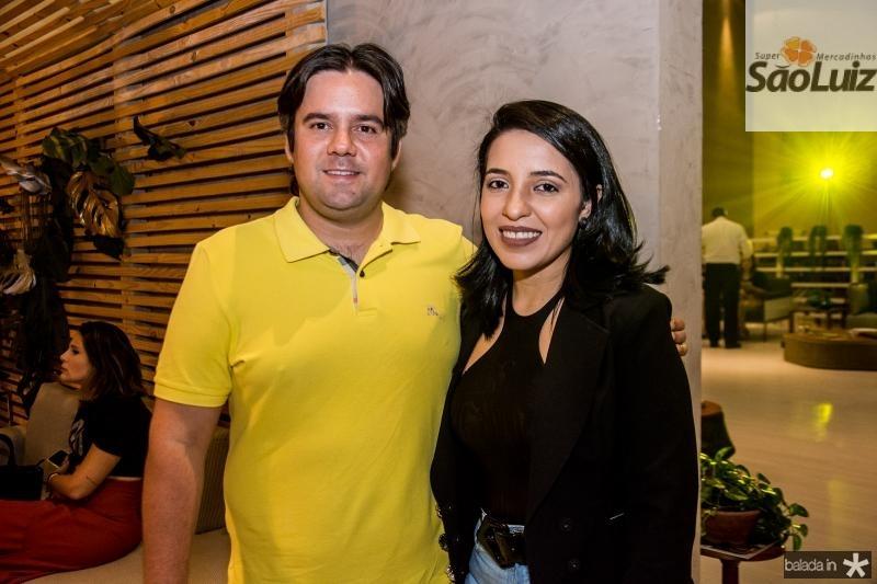 Cesar Benevides e Monique Benevides