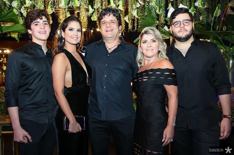 Joao Paulo, Amanda, Pedro, Leia e Pedro Freitas