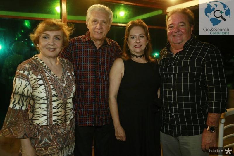 Ana e Franze Moraes, Cristina e Chiquinho Aragao
