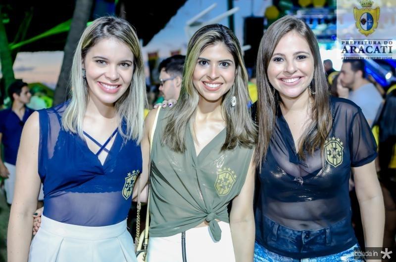 Carol Sampaio, Gabriela Arrais e Fernanda Macedo