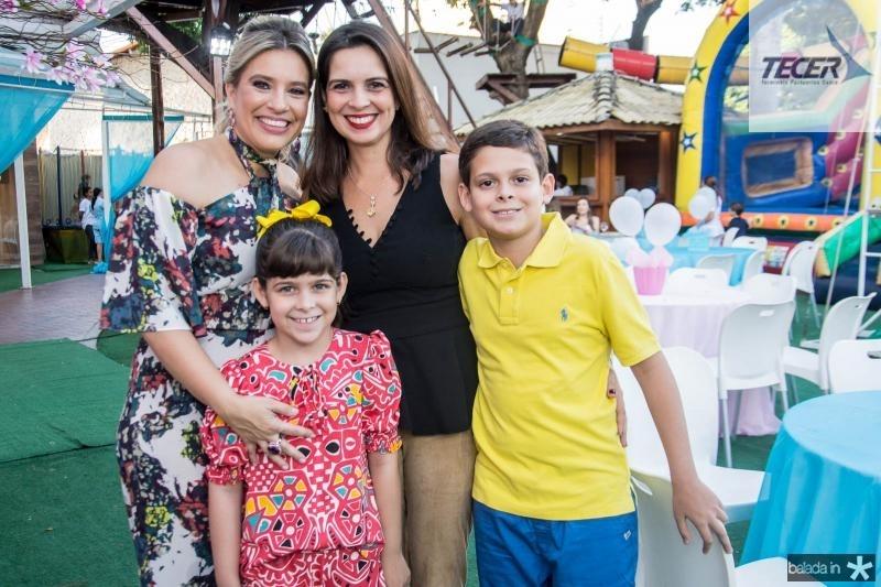 Ana Claudia Aguiar, Maira Simas, Laura Simas e Paulo Simas