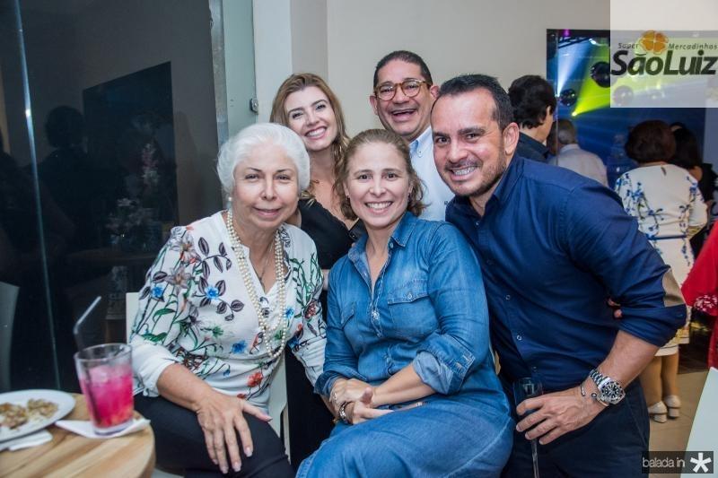 Alodia Guimaraes, Tamara Azevedo, Samira Guimaraes, Alexandre Pita e Wilfredy Mendonca