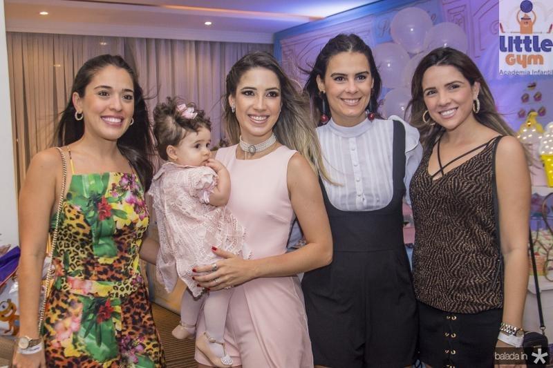 Elba Bandeira, Sara Sa, Liana Sa, Lina Ponte e Debora Bandeira