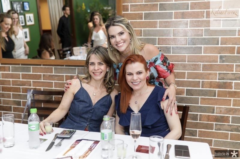 Carla Nogueira, Pauliane Campos e Adriana Praxedes