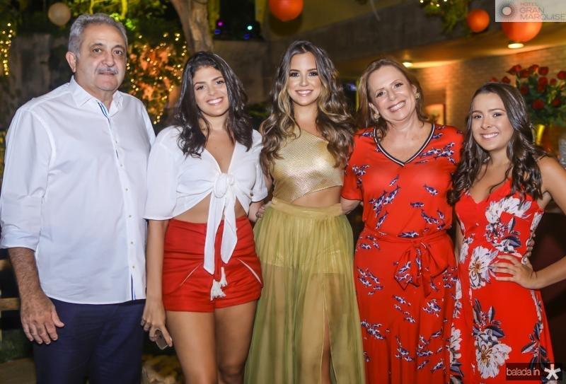 Paulo e Bianca Baquit, Fernanda Levy, Katia e Sophia Baquite