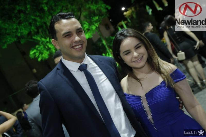 Valdemir Alves e Paloma Costa
