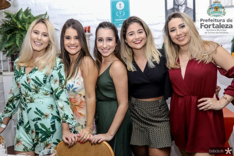 Gabriele Vieira, Andressa Gomes, Maria Barbiere, Ana Soares e Anne Beatriz