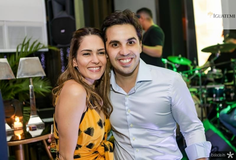 Marilia Queiroz e Netinho Bayde