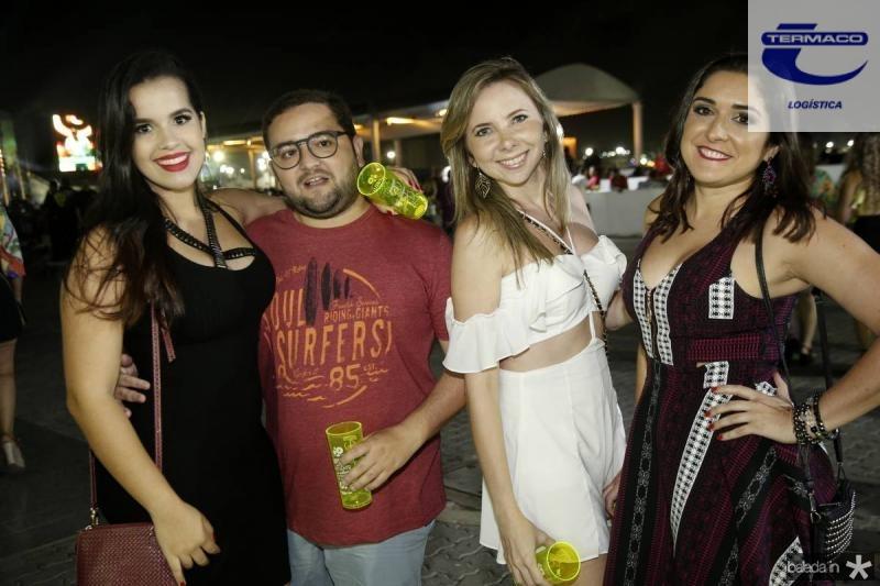 Aline Ferreira, Lucas Santos, Michelle Queiroz e Lia Moreira