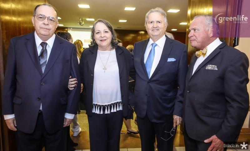 Regis, Ciglinda, Raul e Parcifal Barroso