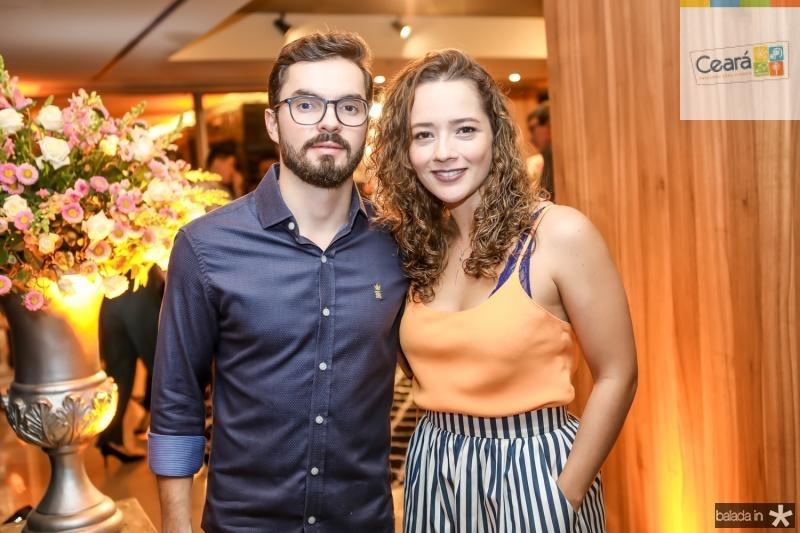Rodrigo Barandao e Lara Magalhaes