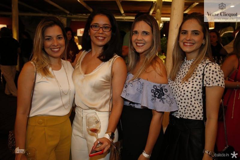 Emanuelle Campos, Sarah Sales, Ana Raquel e Darle Oliveira