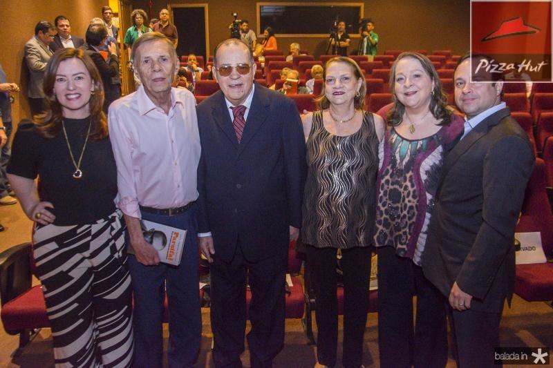 Aline Borroso, Arnoldo Leite Barbosa, Regis Barroso, Madalena Leite Barbora, Siglinda Barroso e Igor Barroso
