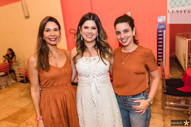 Renata  Cabral, Marina Figueiredo e Ticiana Barreira