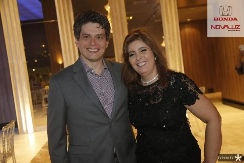 Fabricio Cavalcante e Valeria Manarinno