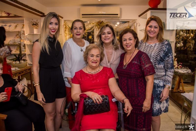 Carol Philomeno, Tida Leal, Beatriz Philomeno, Sarah e Julia Philomeno e Rachel Philomeno