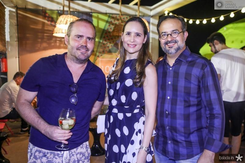 Roberto Pamplona, Manoela e Marcio Crisostomo