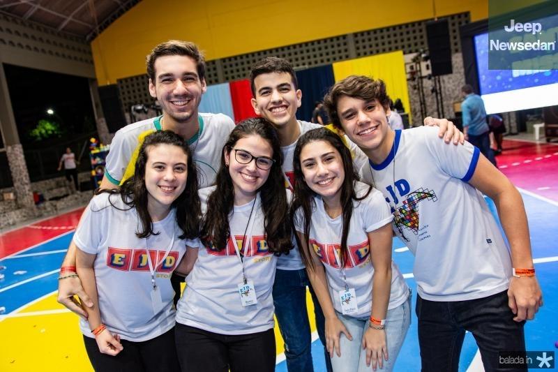Bruna Matias, Thiago Siqueiro, Pedro Santos, Beatrice Vasconcelos, Lara Paiva e Lucas Sales