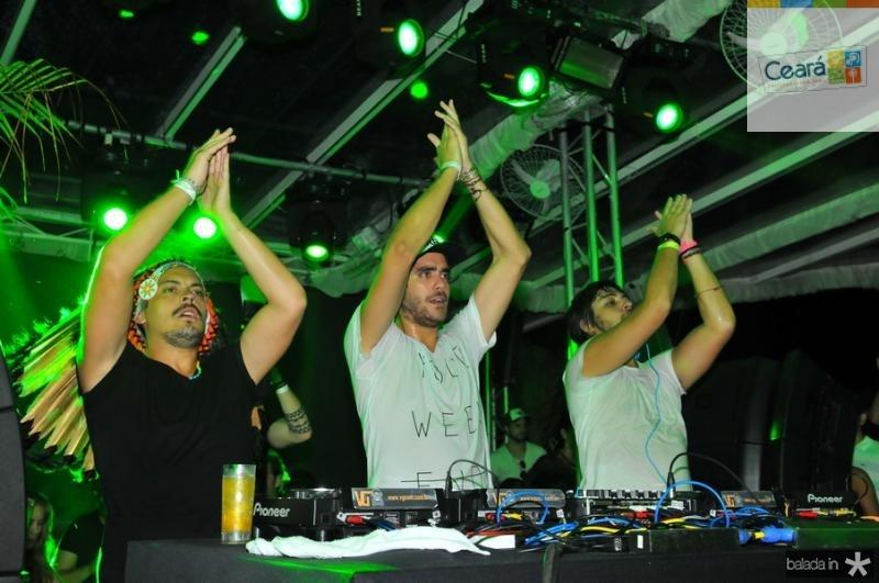 DJs Make U Sweat - Guga Guizelini, Dudu Linhares e Pedro Almeida 1 Cassiano de Souza