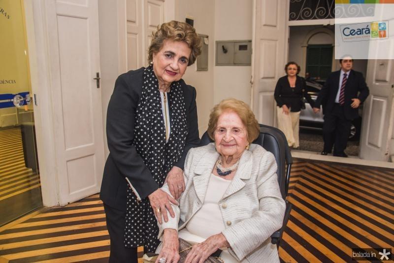 Fernanda Quindere e Suzana Ribeiro