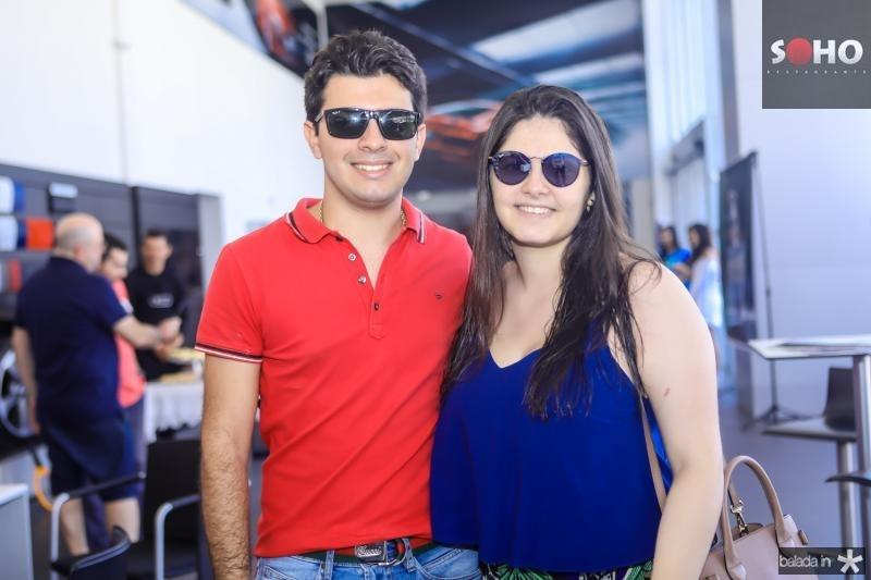 Matheus e Mariana Freire