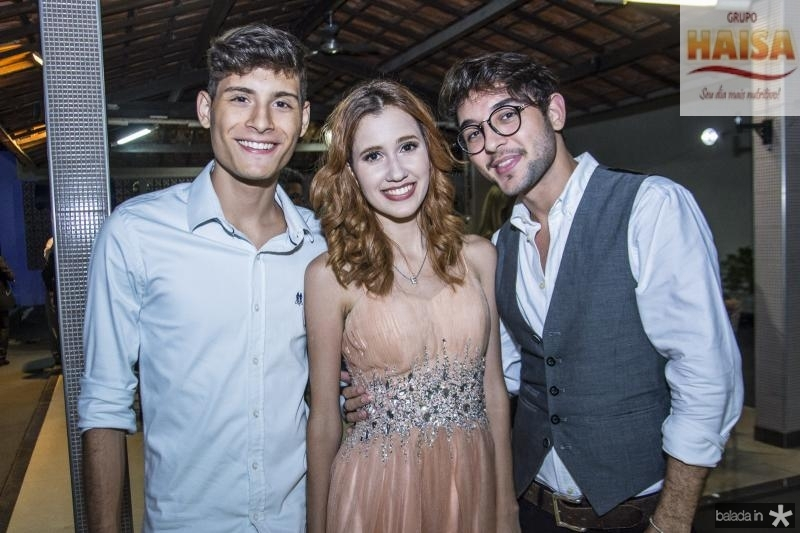 Caio Cardoso, Raphaela Salema e Luccas Ervedosa