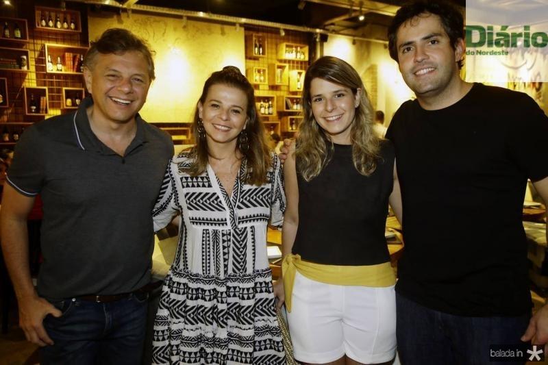 Eduardo Leal, Valeria Feijo, Jessica e Felipe Prado