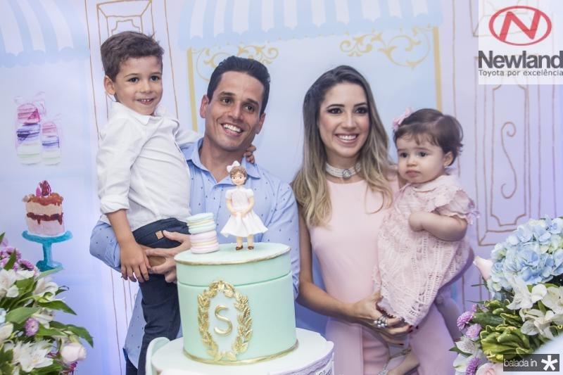 Rafael, Rafael, Sara e Liana Sa