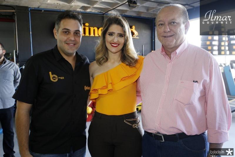 Bruno e Rebeca Bastos e Rafael Leal