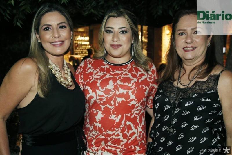 Deborah Nibon, Manu Romcy e Cristina Aragao