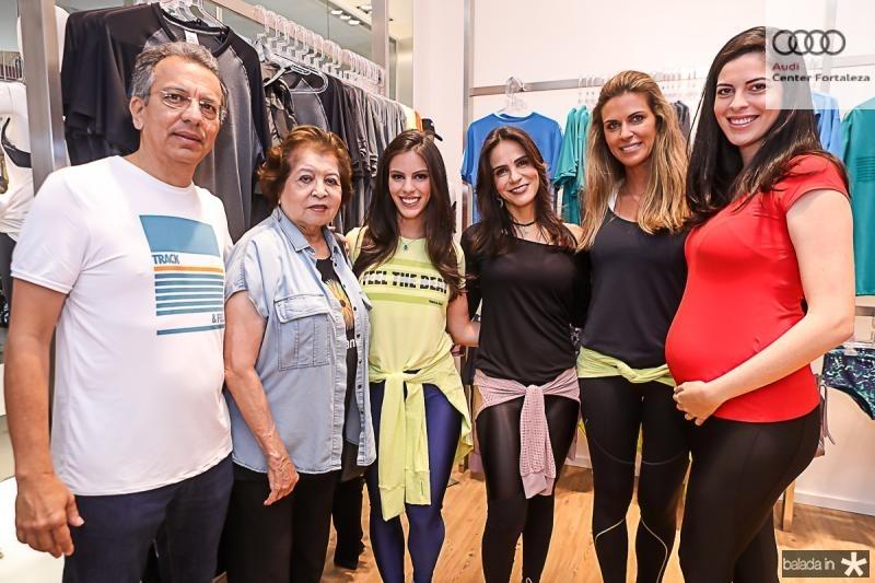 Eduardo, Edir, Manuela e Sandra Rolim, Claudia Moura e Gabriela Rolim