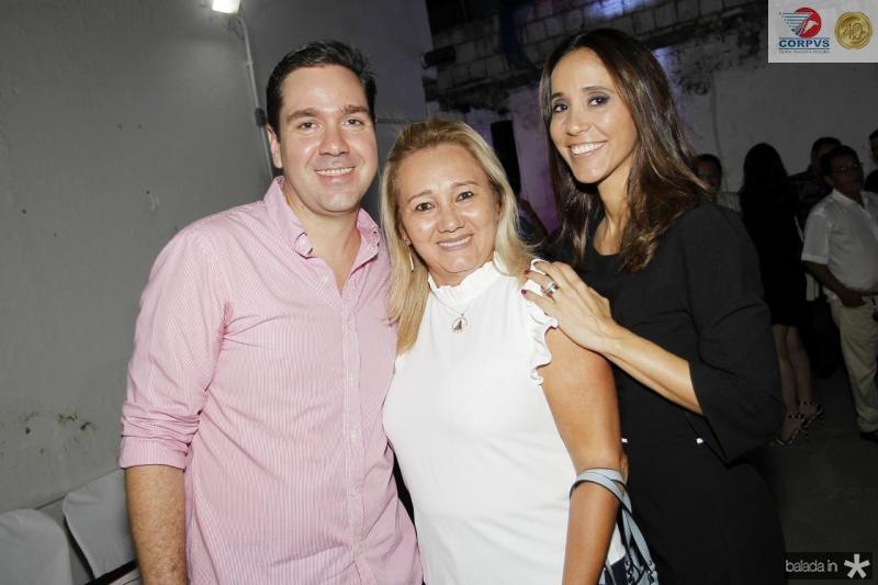 Eduardo Bismarck, Boneca e Nadia Maia