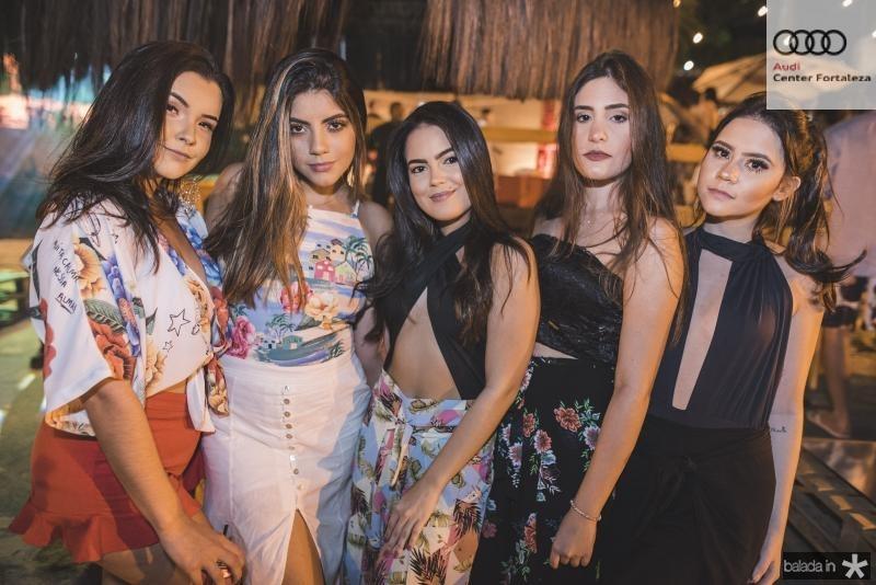 Juliana Razz, Carol Balbino, Livia Barreto, Marcelle do Vale e Fernanda Marquez