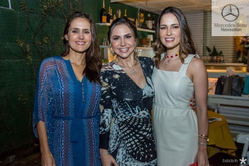 Manoela Bacelar, Adriana Queiroz e Marilia Queiroz