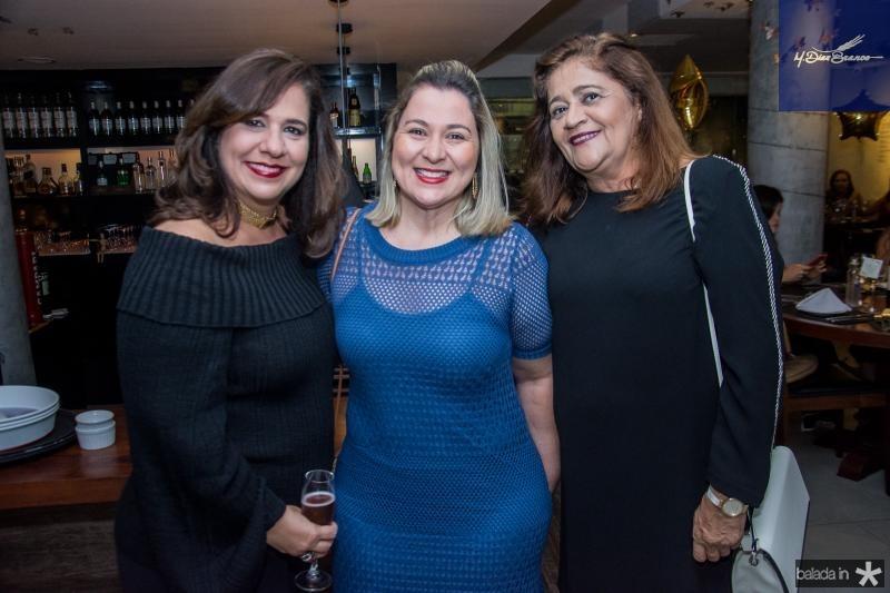 Martinha Assuncao, Sandra Aguiar e Klesia Araujo