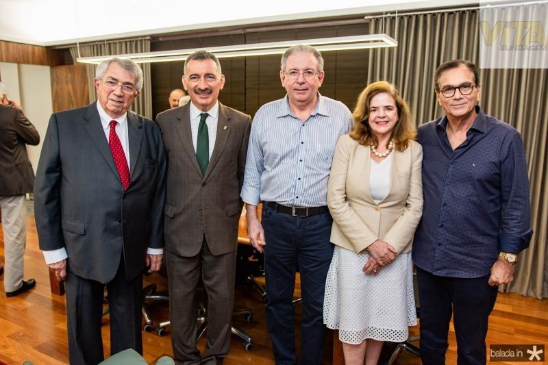 Roberto Macedo, Artur Bruno, Ricardo Cavalcante, Roseane Medeiros e Beto Studart