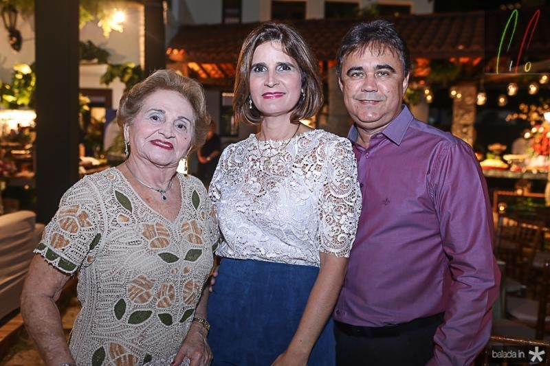 Marlene Cabral, Daniela Costa e Gilberto Costa