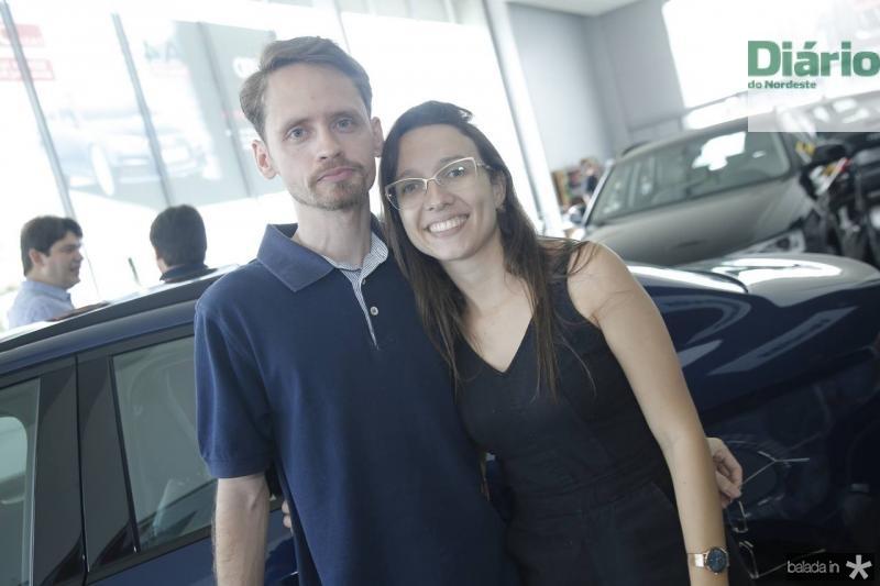 Felipe Lima e Jeanini Leal