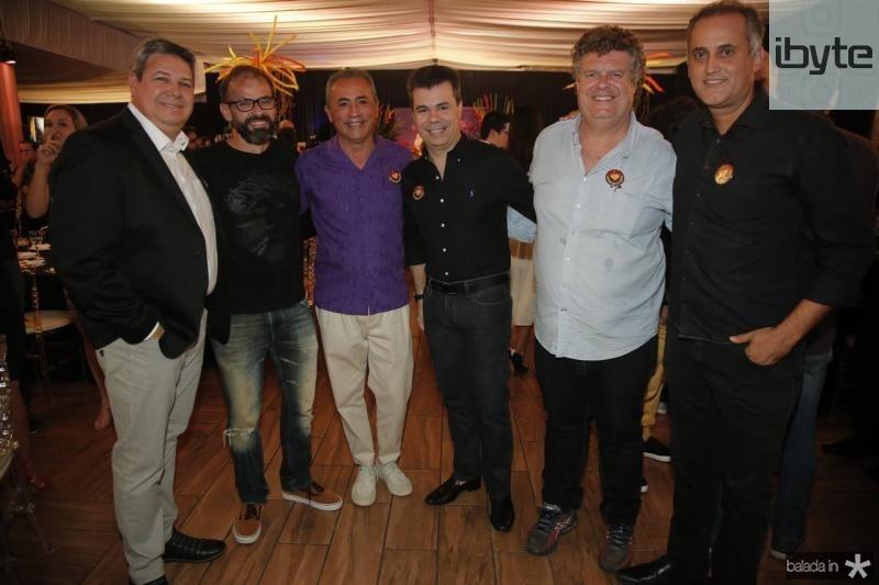 Bob Santos, Andre Mota, Chico Guaubernei, Duda Brigido, Evandro Colares e PH Donato