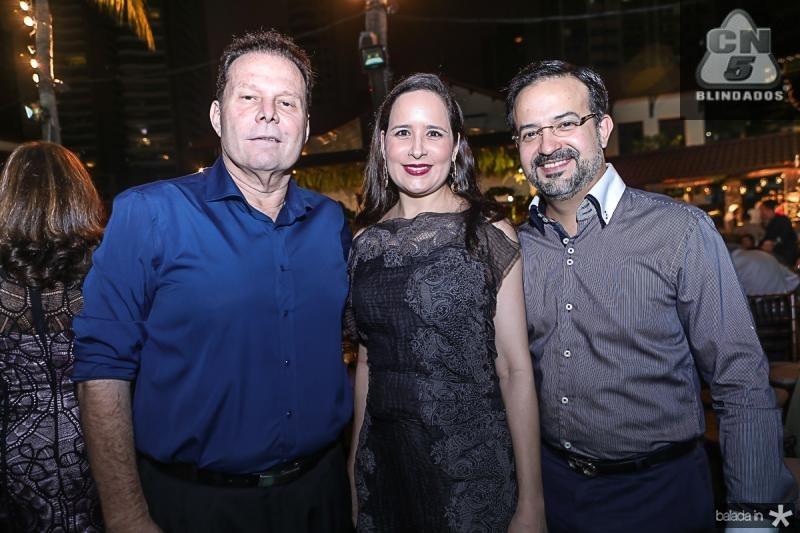 Julio Ventura, Manoela e Marcio Crisostomo