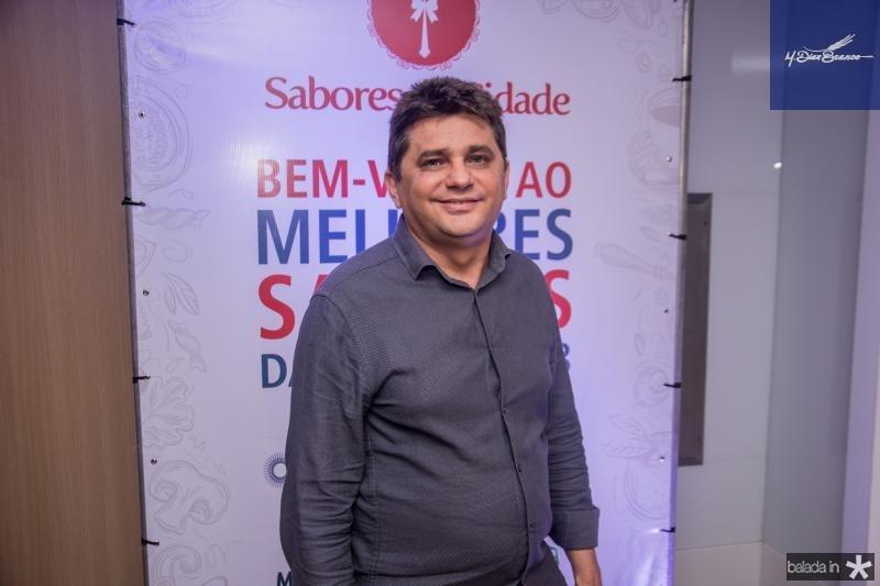 Adeilson Santos